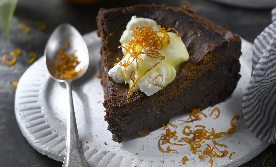 Pastís de xocolata amb crema de taronja
