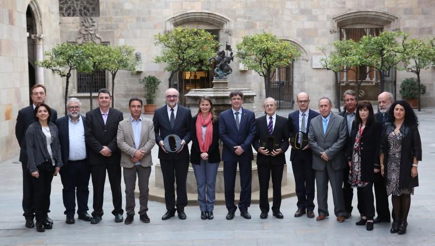 El President Puigdemont rep els guardonats en la IV edició dels Premis DOP Catalanes d'Oli