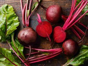 6 vegetals que creixen sota terra i que no poden faltar al teu cistell
