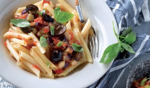 Recepta de pasta amb albergínia i olives
