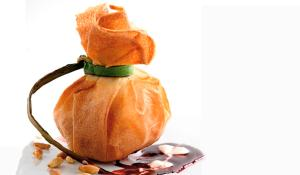 Recepta de flors de foie gras amb compota de pinyons