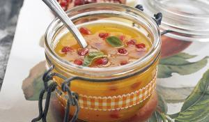Sopa de mandarina amb vainilla i magrana